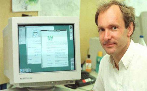 ประวัติ Sir Timothy John Berners-Lee ผู้คิดค้นโปรแกรม HTTP